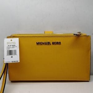 New Micheal Kors Cross body Jet Set Travel Yellow